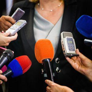 Bei einem TV Training und Interviewtraining bereitet man sich gezielt auf Medienanfragen vor