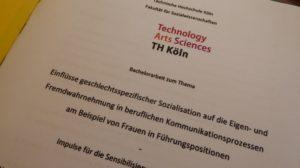 """""""Frauen wollen überzeugen, Männer wollen gewinnen."""" Titelblatt einer Bachelorarbeit der TH Köln"""